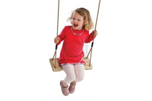 Детска дървена люлка с въжета
