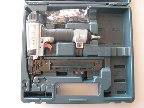 Пневматичен пистолет за скоби Bosch GTK-40