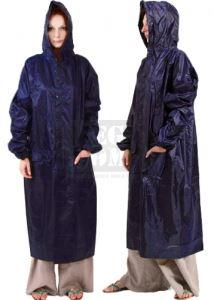 Дъждобран тип шлифер в калъф Maxima