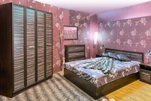 Спален комплект Рино с корпус цвят титан Ларди