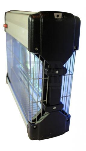 Инсектицидна лампа убиваща летящи насекоми до 80 кв.м.