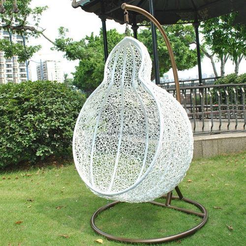 Градинска люлка тип круша от изкуствен ратан DeHome