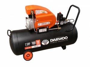 Бутален компресор Daewoo DAAC100D 2HP / 1.5 kW 100 л 8 bar