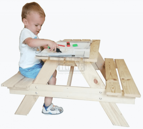 Дървена детска маса с две пейки