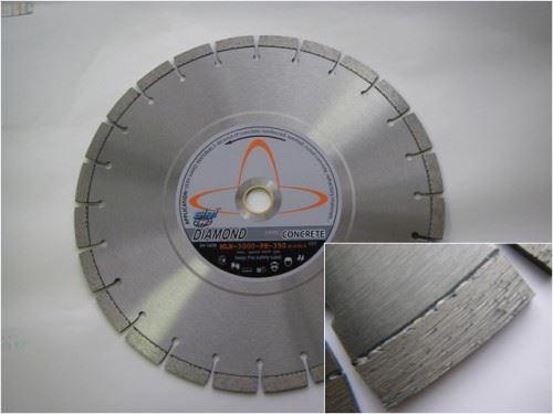 Диамантен диск за всякакъв вид бетон Siri MLB 3000 сухо рязане