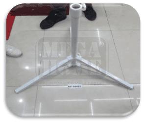 Метална стойка за чадър в бяло