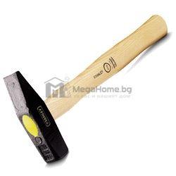 Чук шлосерски с дървена дръжка Stanley